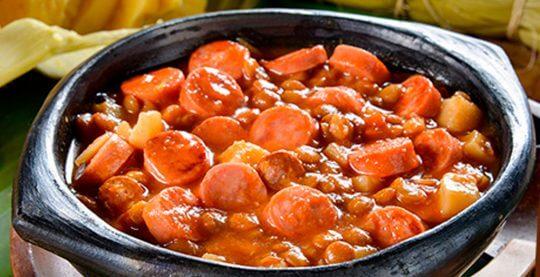 Sopa-de-Lentejas-con-Salchicha-Cazadora-